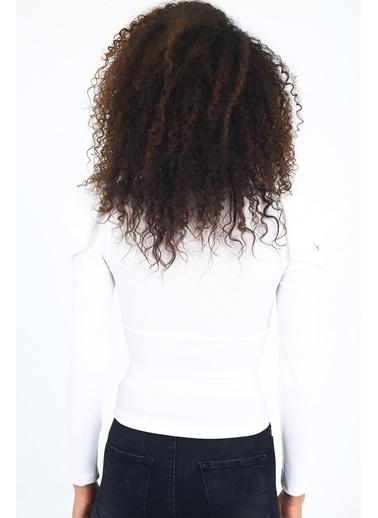 Emjey Omuz Detaylı Bluz Beyaz